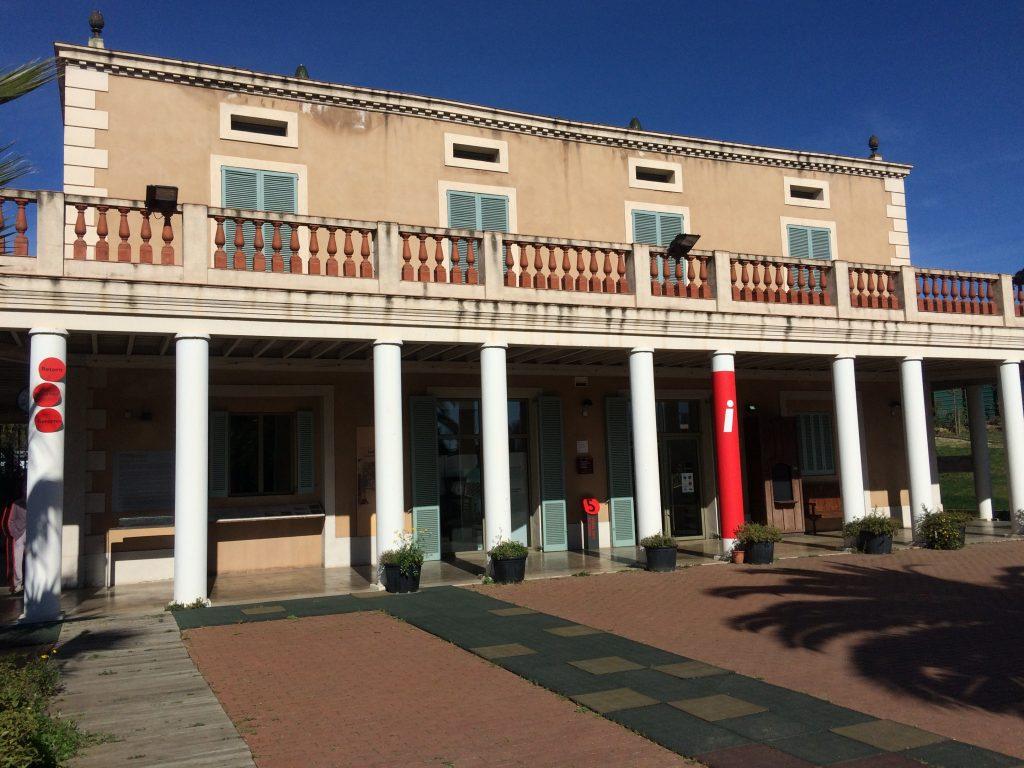 La Masia Can Serra i les exposicions temporals del MhiC